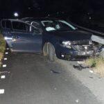 Inzittenden verlaten voertuig na eenzijdige ongeval in Tzummarum